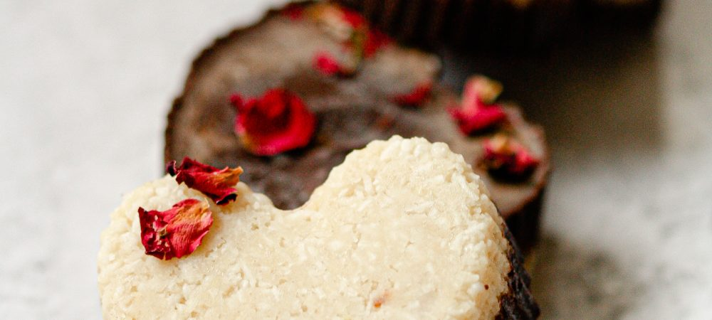 Coconut and Almond Butter Cups – Raw, Vegan & Gluten-Free